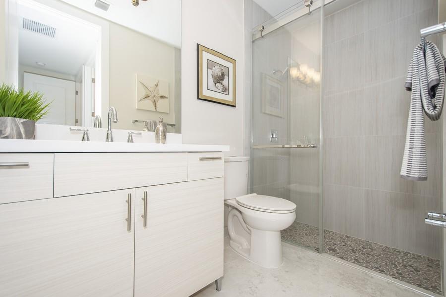 Real Estate Photography - 12100 NW 27th Street, Plantation, FL, 33323 - 2nd Bathroom