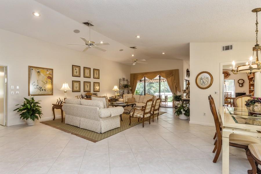 Real Estate Photography - 11150 Clover Leaf Cir, Boca Raton, FL, 33428 - Foyer
