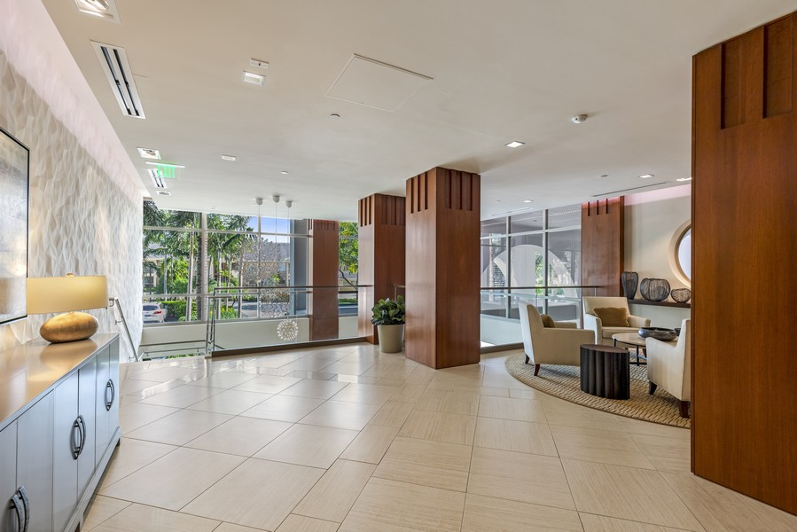 Real Estate Photography - 5601 Turtle Bay Dr, Unit 2004, Naples, FL, 34108 - Lobby