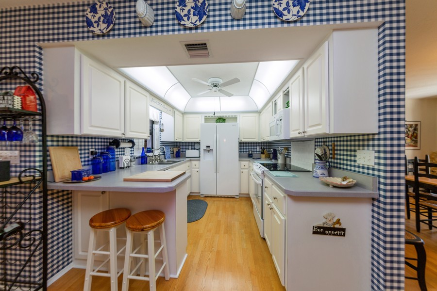 Real Estate Photography - 415 Bluebell Rd, Venice, FL, 34293 - Kitchen