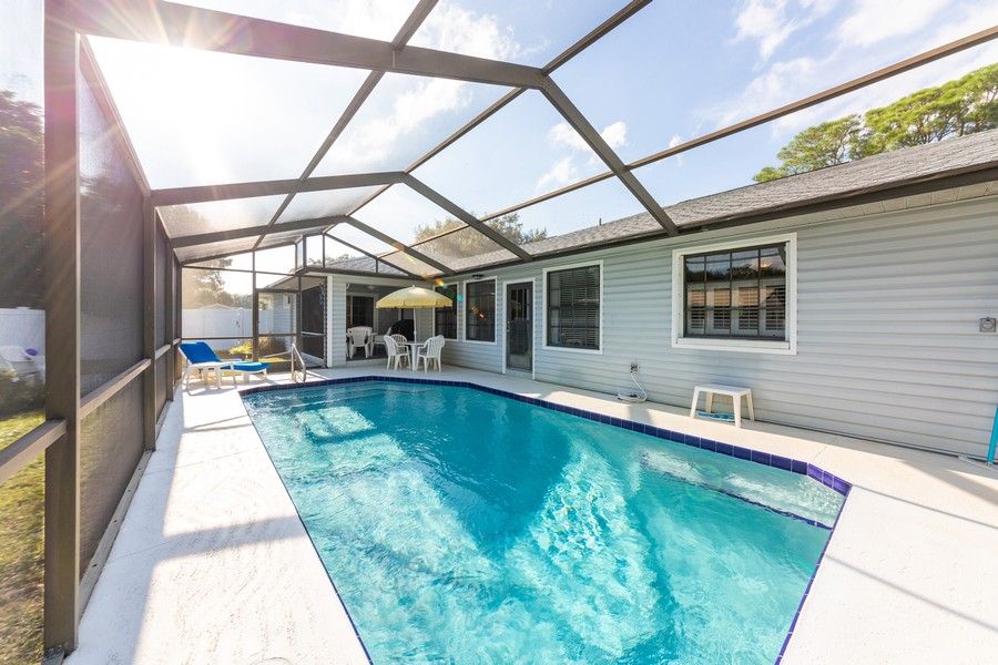 Real Estate Photography - 415 Bluebell Rd, Venice, FL, 34293 - Pool