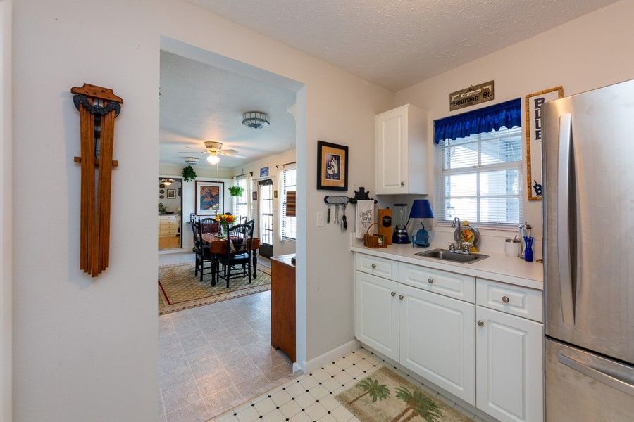 Real Estate Photography - 415 Bluebell Rd, Venice, FL, 34293 - Bar