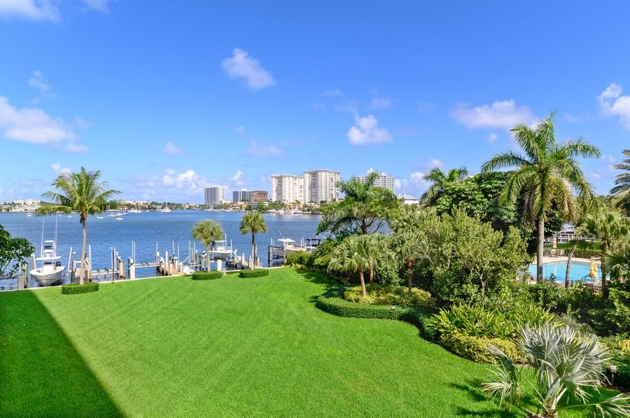 Real Estate Photography - 701 E. Camino Real, #3-C, Boca Raton, FL, 33432 - Intracoastal View