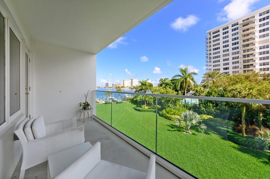 Real Estate Photography - 701 E. Camino Real, #3-C, Boca Raton, FL, 33432 - Patio