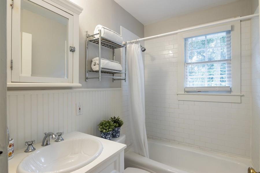 Real Estate Photography - 876 Windsor Drive, Sarasota, FL, 34234 - Master Bathroom