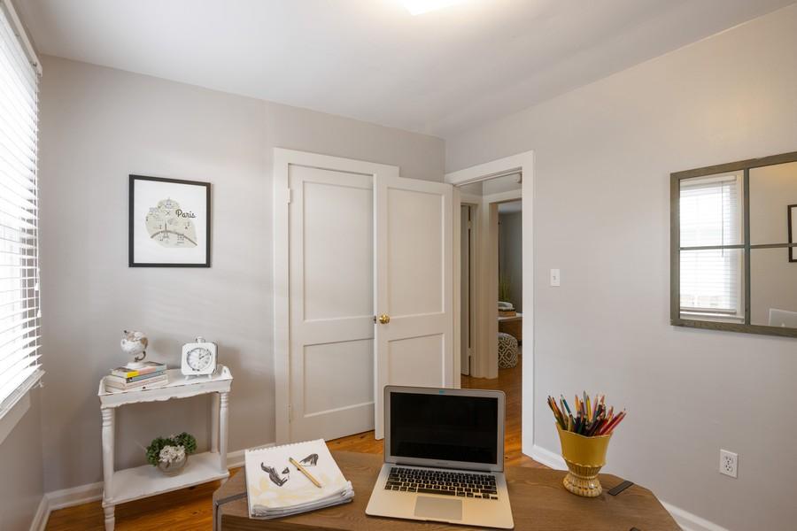 Real Estate Photography - 876 Windsor Drive, Sarasota, FL, 34234 - 2nd Bedroom