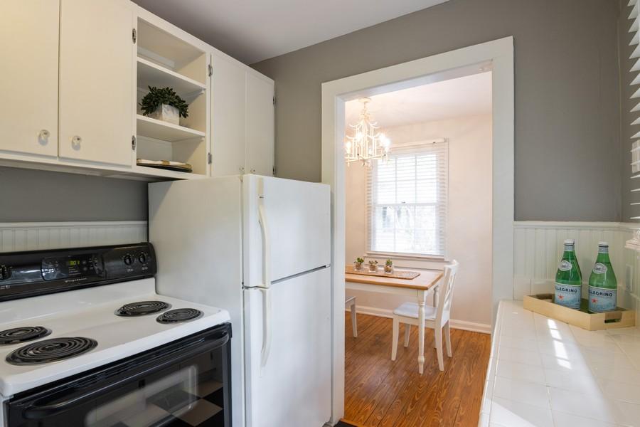 Real Estate Photography - 876 Windsor Drive, Sarasota, FL, 34234 - Kitchen