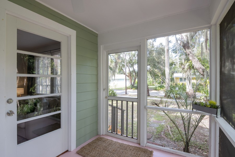 Real Estate Photography - 876 Windsor Drive, Sarasota, FL, 34234 -