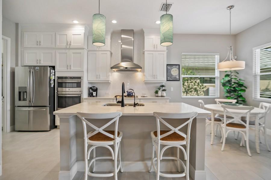 Real Estate Photography - 4123 Midnight Blue Run, Bradenton, FL, 34211 - Kitchen