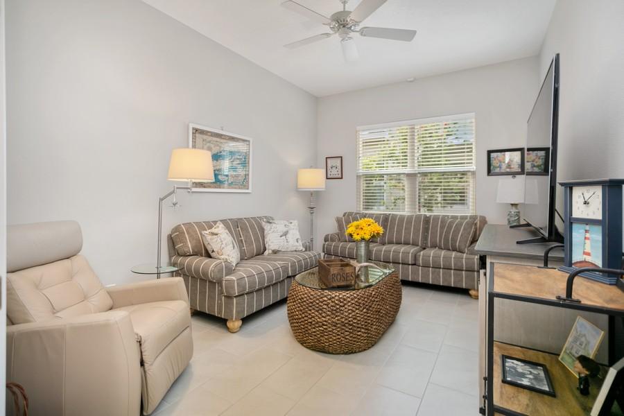 Real Estate Photography - 4123 Midnight Blue Run, Bradenton, FL, 34211 - Den