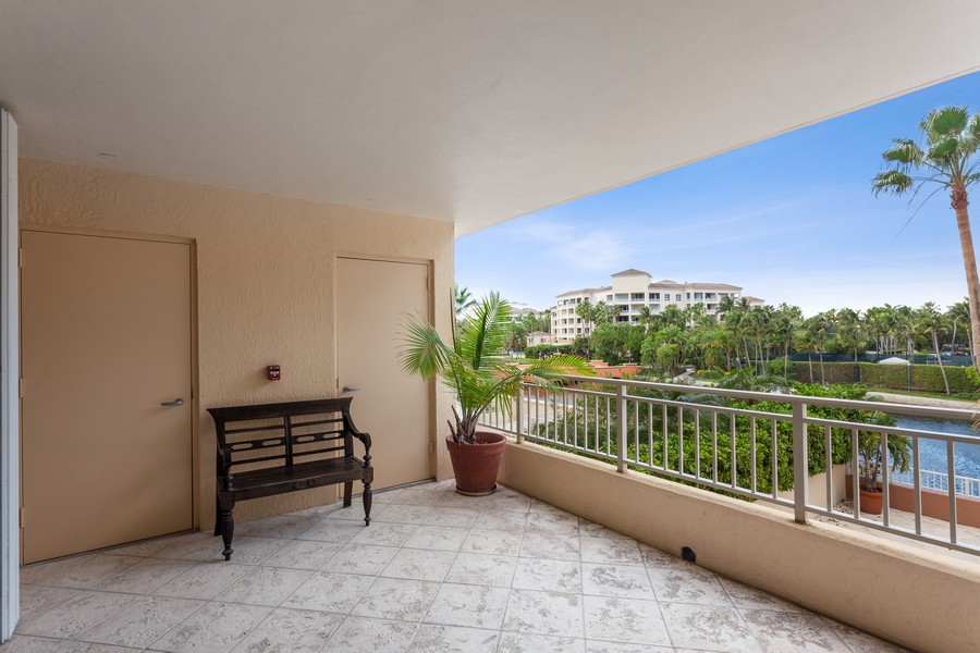 Real Estate Photography - 765 Crandon Blvd, 203, Key Biscayne, FL, 33149 -