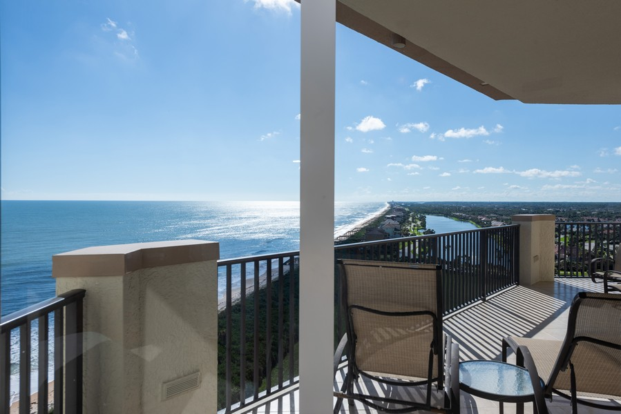 Real Estate Photography - 85 Avenue de la mer, 1106, Palm Coast, FL, 32137 - Southern Ocean view