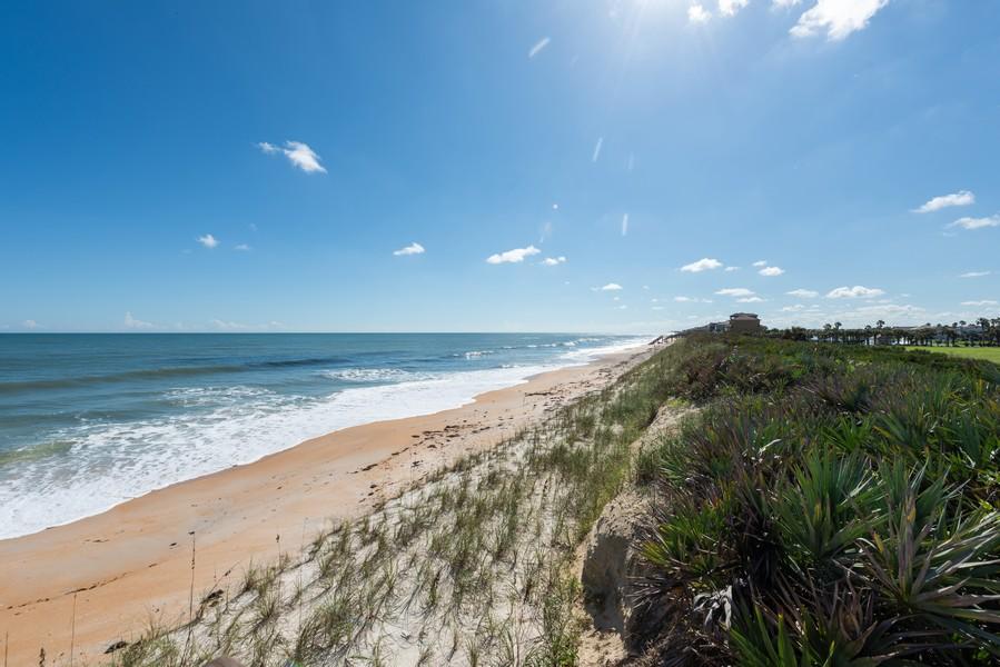 Real Estate Photography - 85 Avenue de la mer, 1106, Palm Coast, FL, 32137 - Miles of sandy beach