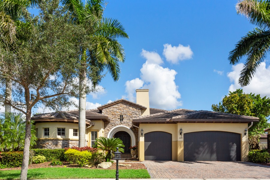 Real Estate Photography - 12191 NW 73 STREET, PARKLAND, FL, 33076 - Front View
