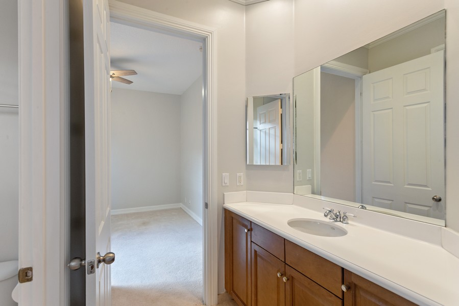 Real Estate Photography - 12191 NW 73 STREET, PARKLAND, FL, 33076 - 2nd Bathroom