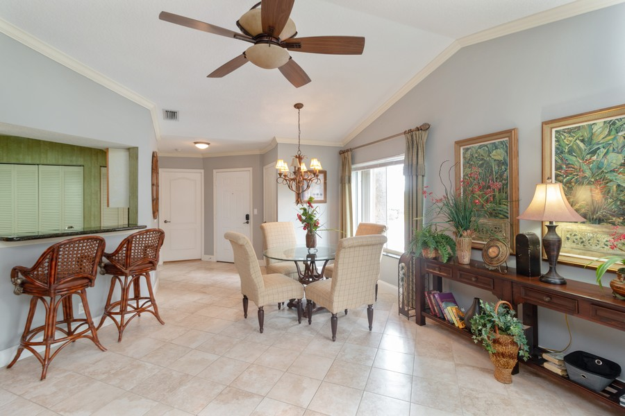 Real Estate Photography - 815 W Boynton Beach Boulevard, 13-201, Boynton Beach, FL, 33426 - Foyer/Dining Room