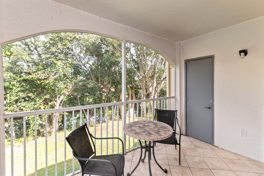 Real Estate Photography - 815 W Boynton Beach Boulevard, 13-201, Boynton Beach, FL, 33426 - Patio
