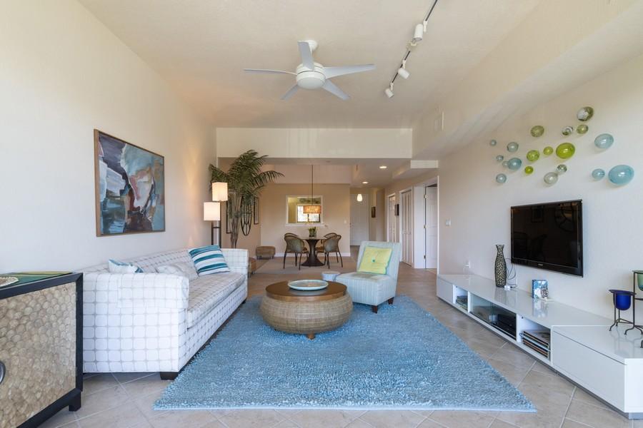 Real Estate Photography - 3905 Mariner's Walk, 815, Cortez, FL, 34215 - Living Room