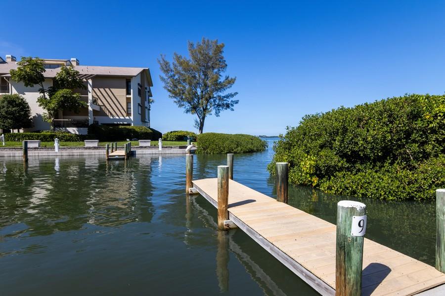 Real Estate Photography - 3905 Mariner's Walk, 815, Cortez, FL, 34215 - Dock