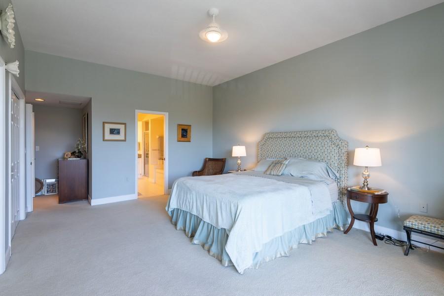 Real Estate Photography - 3905 Mariner's Walk, 815, Cortez, FL, 34215 - Master Bedroom