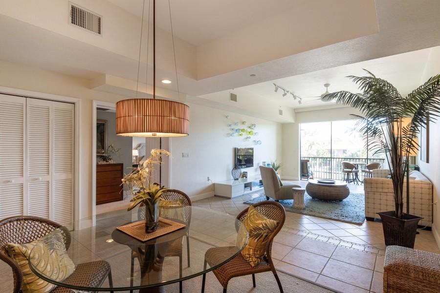 Real Estate Photography - 3905 Mariner's Walk, 815, Cortez, FL, 34215 - Living Room/Dining Room