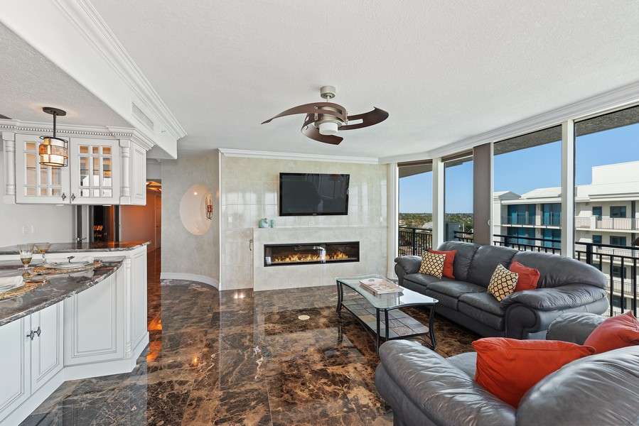 Real Estate Photography - 1323 Highway A1A, 601, Satellite Beach, FL, 32937 - Family Room