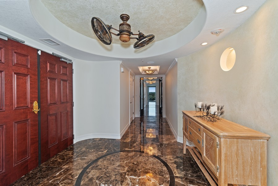 Real Estate Photography - 1323 Highway A1A, 601, Satellite Beach, FL, 32937 - Foyer