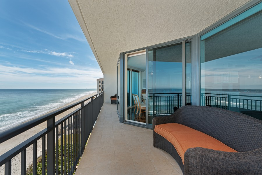 Real Estate Photography - 1323 Highway A1A, 601, Satellite Beach, FL, 32937 - Balcony