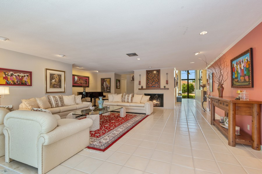 Real Estate Photography - 5210 NE 33rd Ave, Ft Lauderdale, FL, 33308 - Living Room