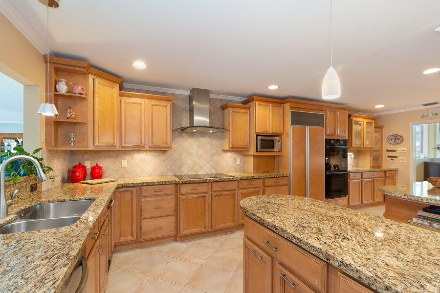 Real Estate Photography - 5210 NE 33rd Ave, Ft Lauderdale, FL, 33308 - Kitchen