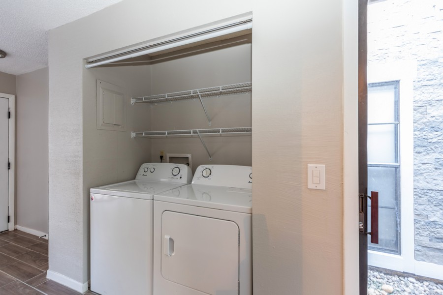 Real Estate Photography - 2344 Flamingo Way, Winter Park, FL, 32792 - Laundry Room