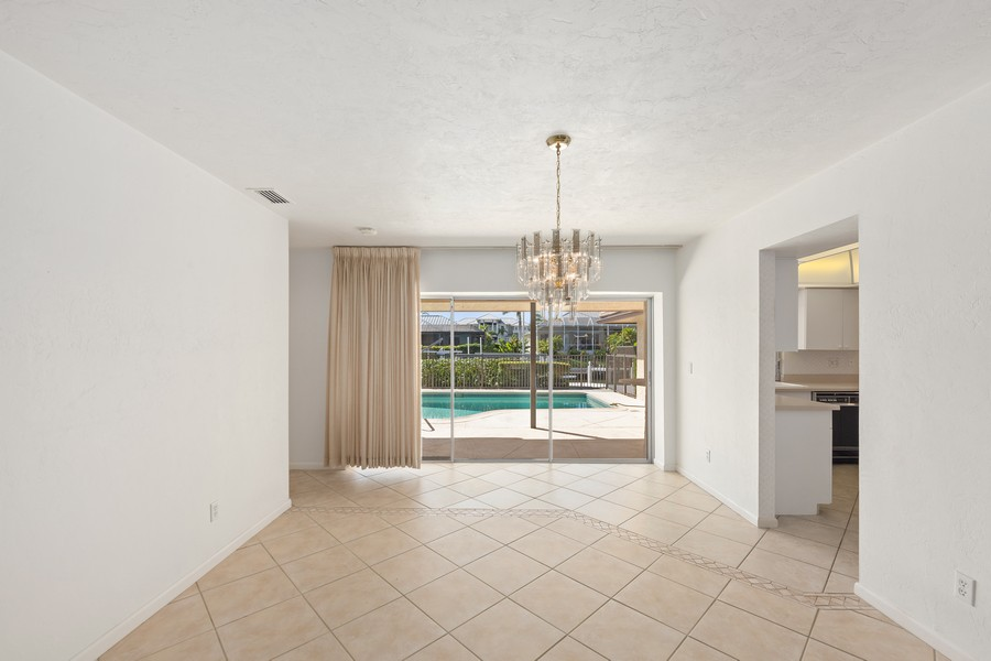 Real Estate Photography - 685 Thrush Ct, Marco Island, FL, 34105 - Dining Room