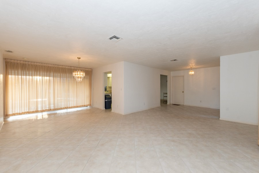 Real Estate Photography - 685 Thrush Ct, Marco Island, FL, 34105 - Family Room