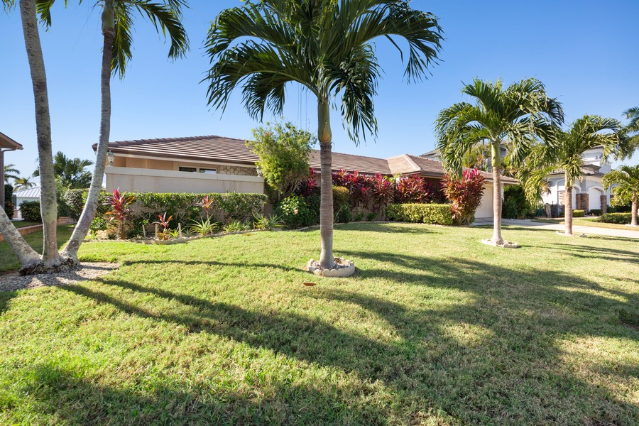 Real Estate Photography - 685 Thrush Ct, Marco Island, FL, 34105 - Front View