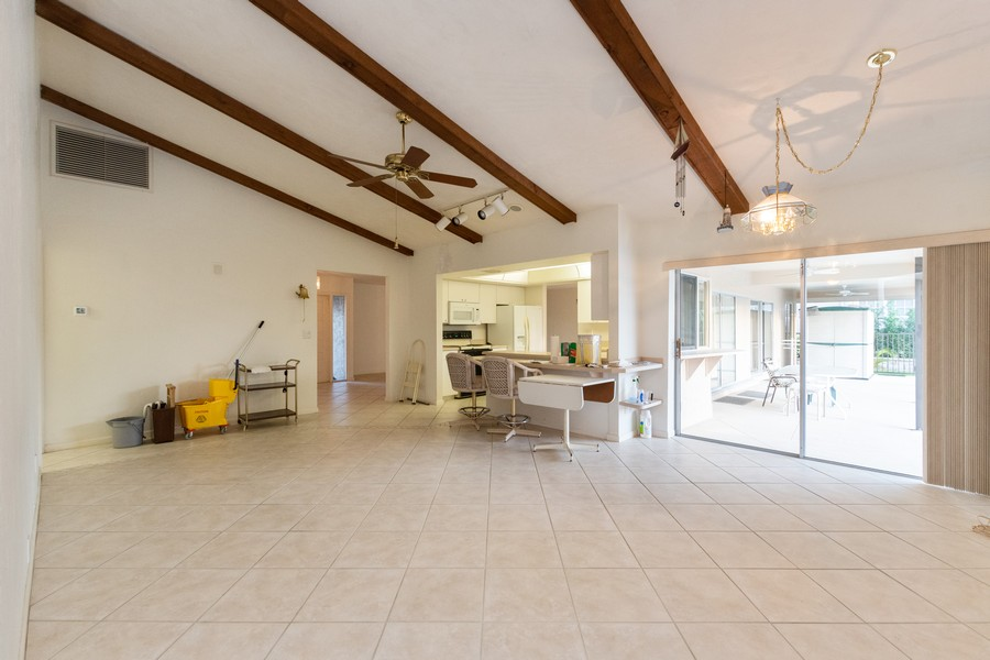 Real Estate Photography - 685 Thrush Ct, Marco Island, FL, 34105 - Kitchen/Living