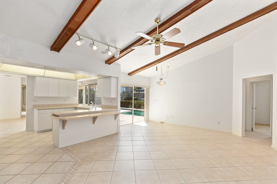 Real Estate Photography - 685 Thrush Ct, Marco Island, FL, 34105 - Family Room / Kitchen