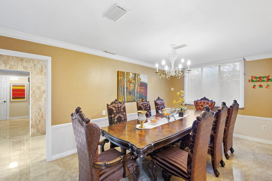 Real Estate Photography - 1925 Dolphin Dr, Belleair Bluffs, FL, 33770 - Dining Room