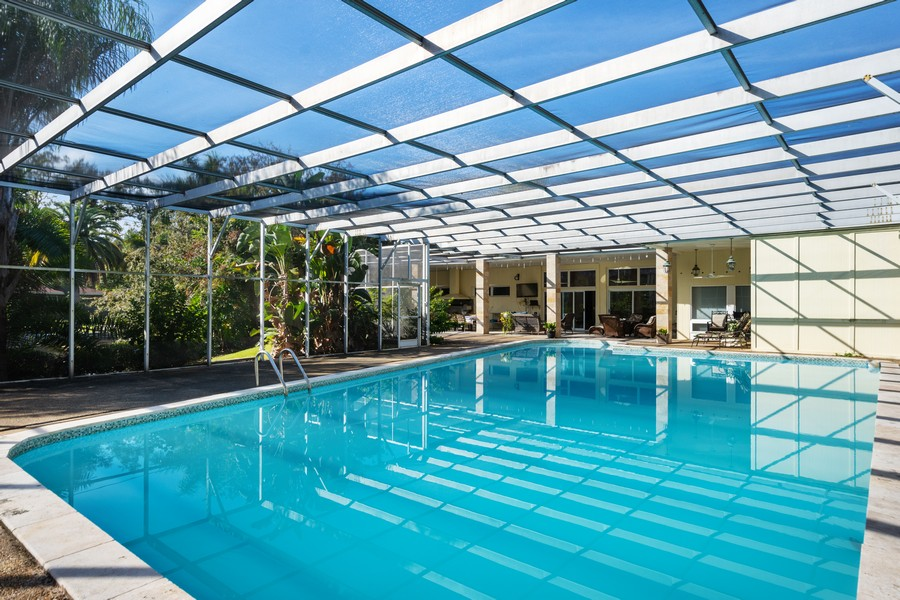 Real Estate Photography - 1925 Dolphin Dr, Belleair Bluffs, FL, 33770 - Pool