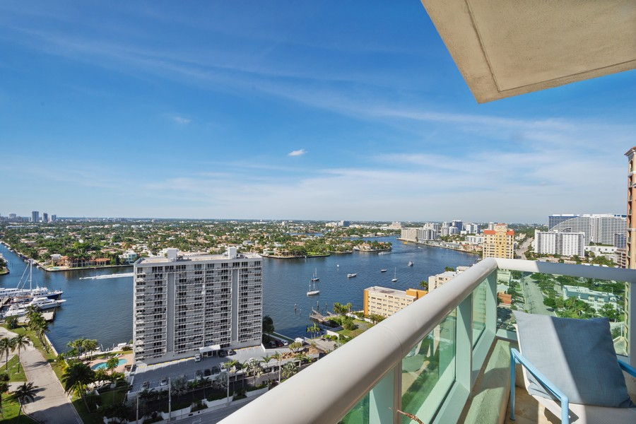 Real Estate Photography - 101 S Fort Lauderdale Beach Blvd 2206, Fort Lauderdale, FL, 33316 - Front View