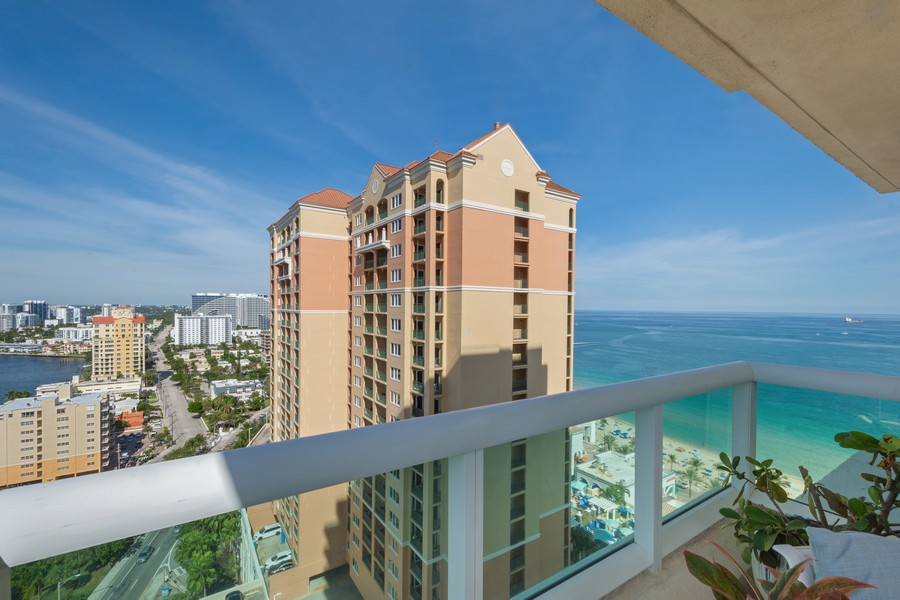 Real Estate Photography - 101 S Fort Lauderdale Beach Blvd 2206, Fort Lauderdale, FL, 33316 - Ocean View