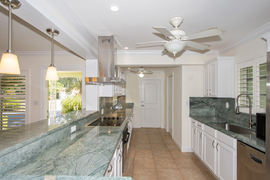 Real Estate Photography - 851 SW 4th St, Boca Raton, FL, 33486 - Kitchen