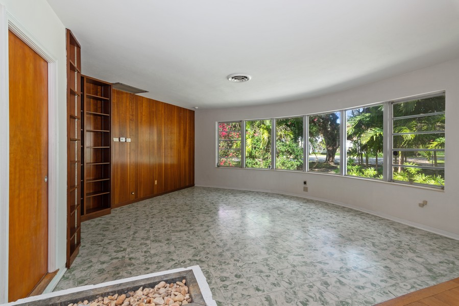 Real Estate Photography - 6200 Leonardo Street, Coral Gables, FL, 33146 - Family Room