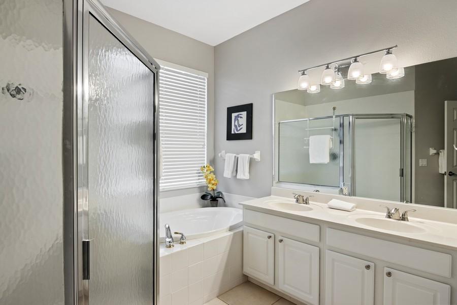 Real Estate Photography - 6832 Bay Hill Dr, Lakewood Ranch, FL, 34202 - Master Bathroom