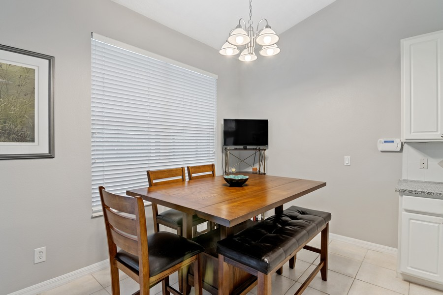 Real Estate Photography - 6832 Bay Hill Dr, Lakewood Ranch, FL, 34202 - Breakfast Area