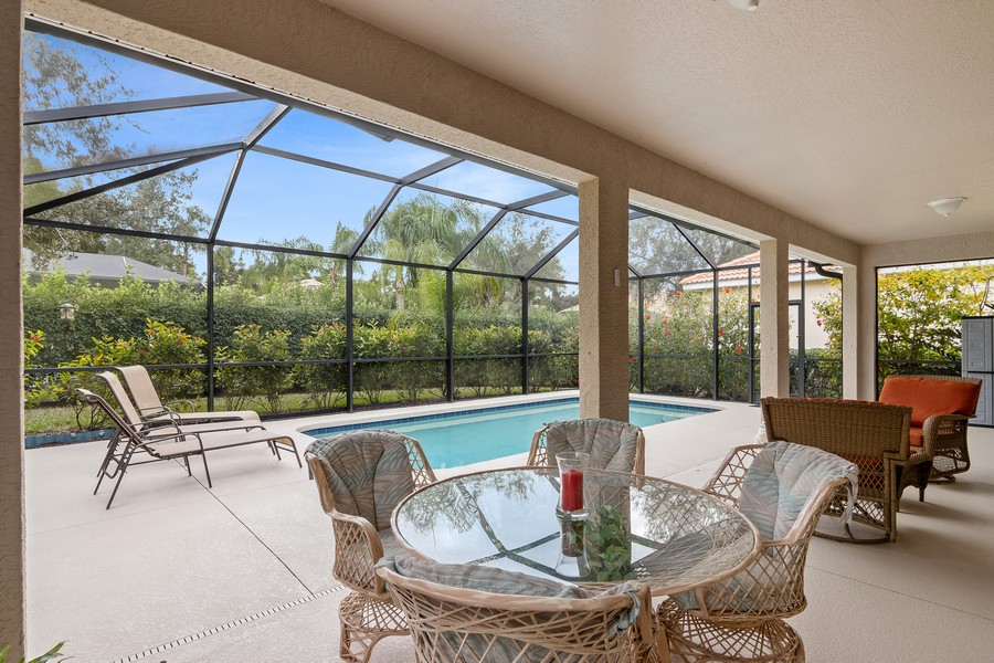 Real Estate Photography - 6832 Bay Hill Dr, Lakewood Ranch, FL, 34202 - Patio