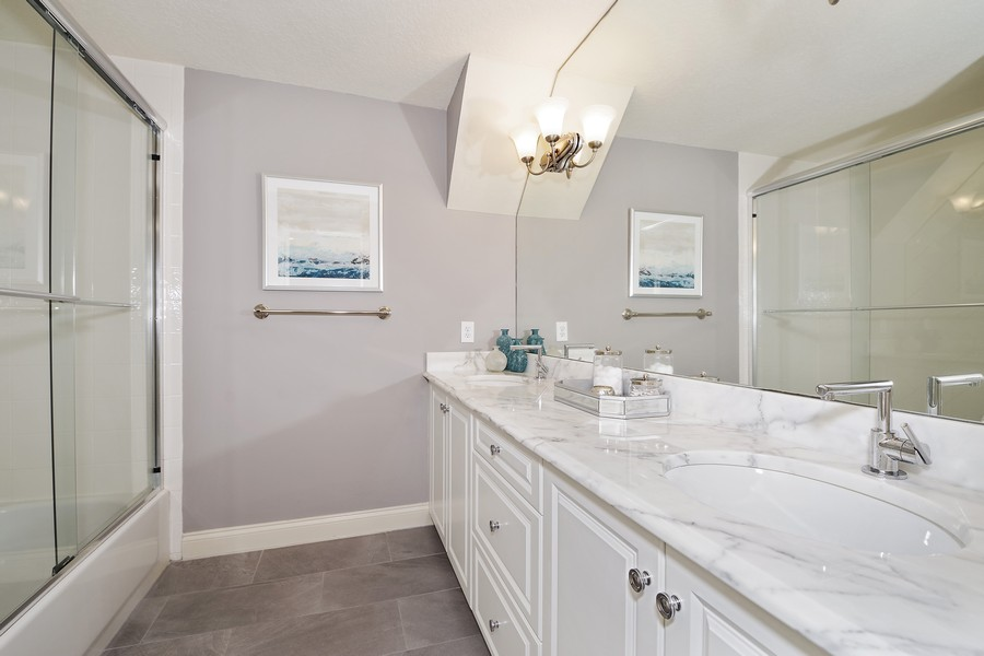 Real Estate Photography - 946 Moss Ln, Winter Park, FL, 32789 - 2nd Bathroom