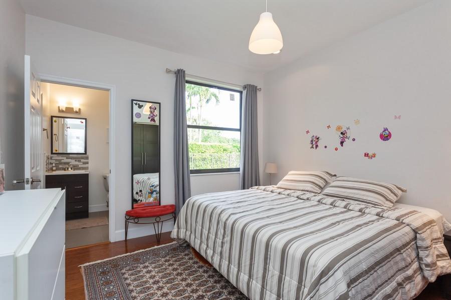 Real Estate Photography - 420 Alexandra Cir, Weston, FL, 33326 - 2nd Bedroom