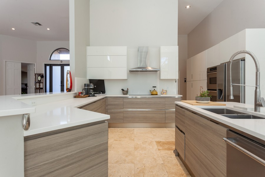 Real Estate Photography - 420 Alexandra Cir, Weston, FL, 33326 - Kitchen
