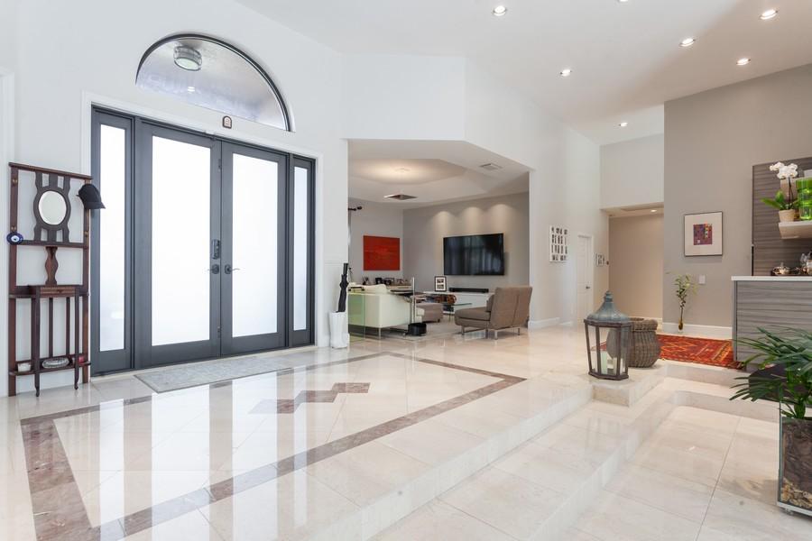 Real Estate Photography - 420 Alexandra Cir, Weston, FL, 33326 - Foyer