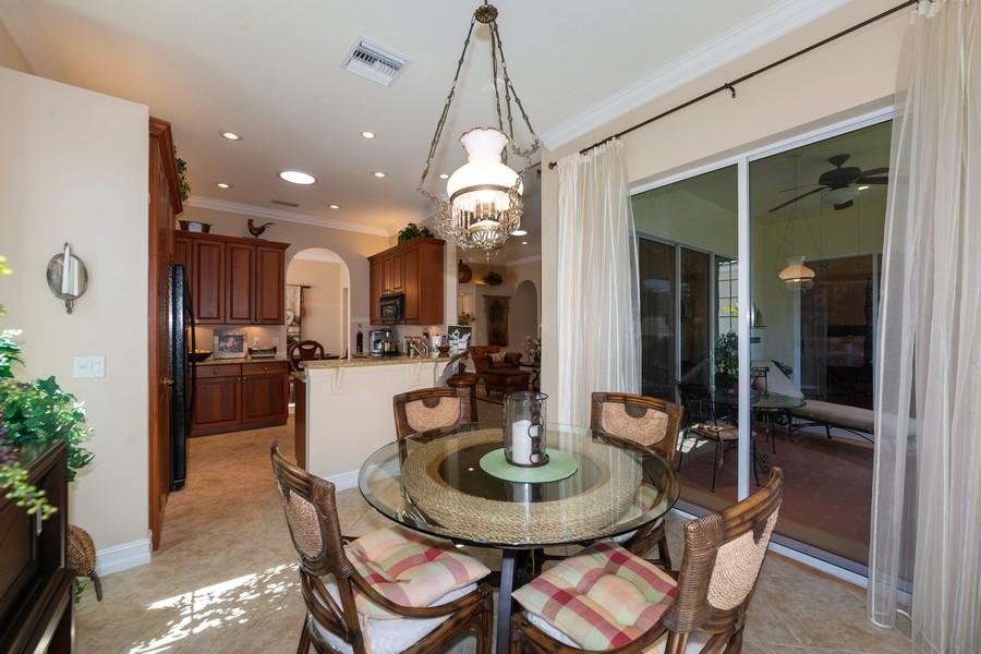 Real Estate Photography - 16177 Parque Lane, Naples, FL, 34110 - Kitchen / Breakfast Room